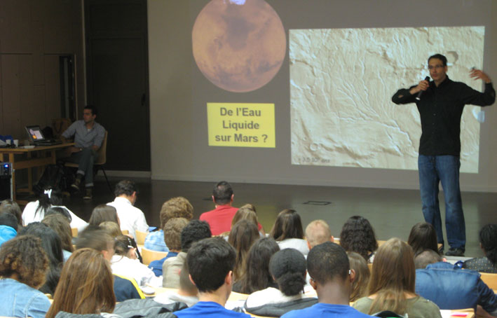 cordees-reussite-conference-exobiologie-17-mai-2014